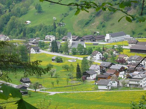 Betschwanden from Diesbachfall