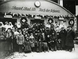 Return of Russian Swiss in Basel 1917