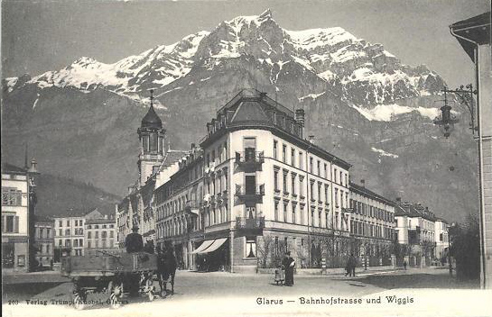 Glarus Bahnhofstrasse with Retail shop 1
