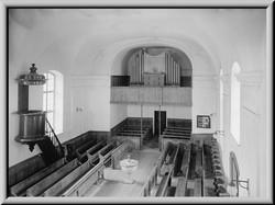 Obstalden Church Interior2