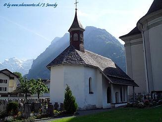 Näfels_Cemetery_Chapel.jpg