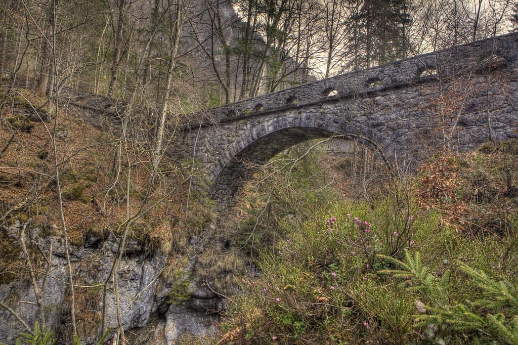 Riedern_Löntschtobel_bridge