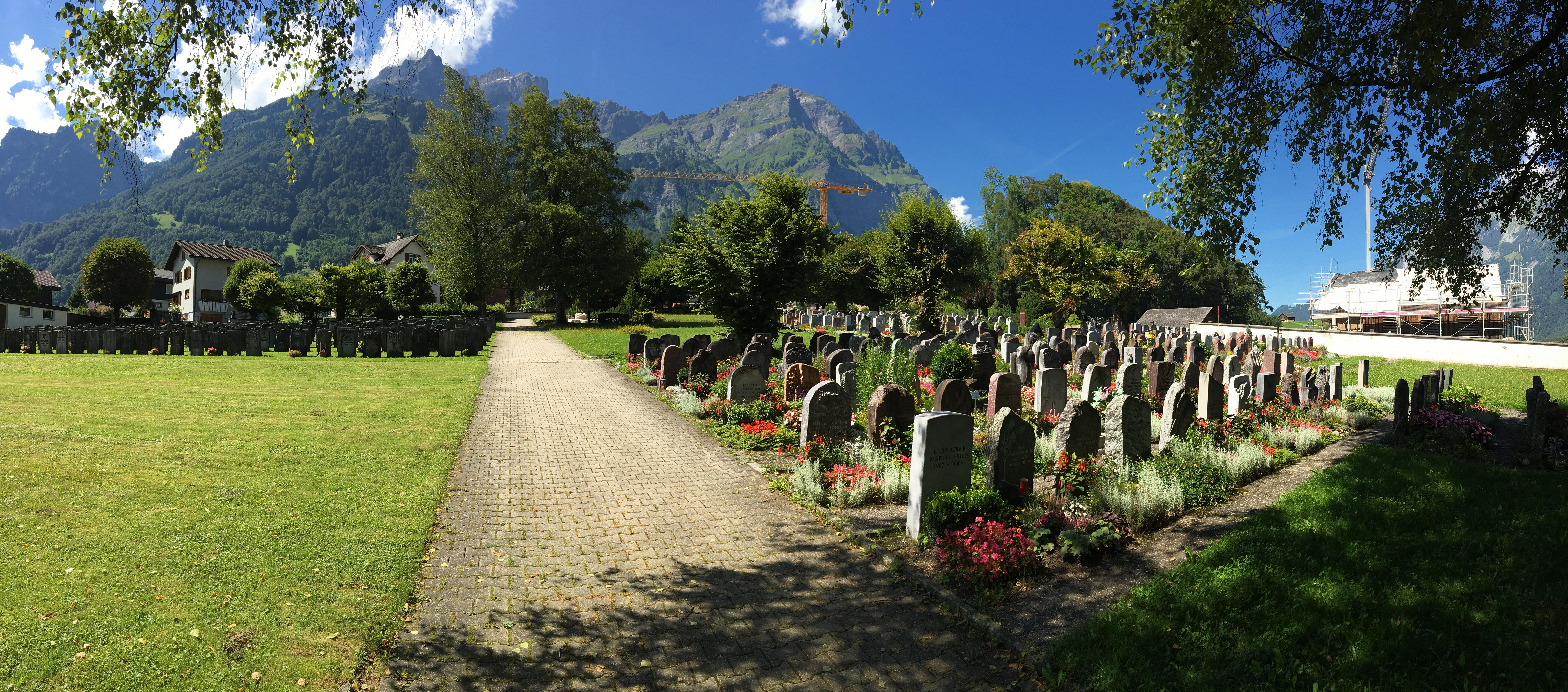 Schwanden Cemetery