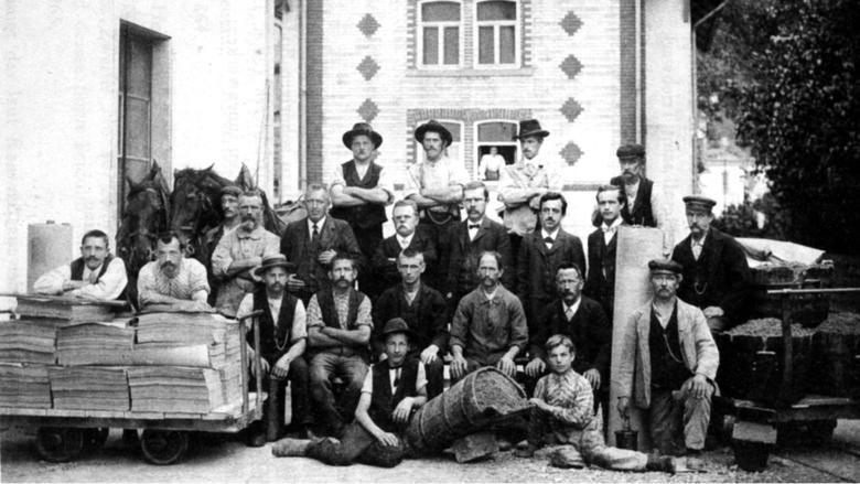 Netstal Arbeiter der oberen Papierfabrik