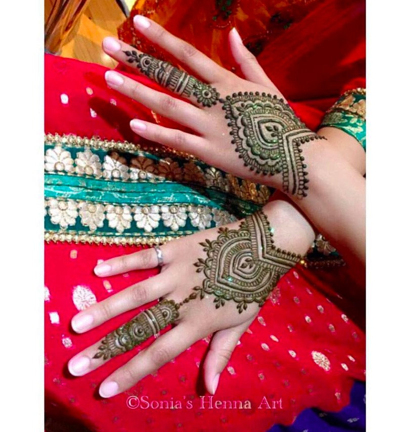 Party Henna Services