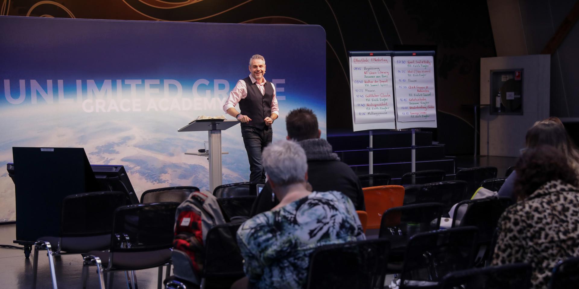 Pastor Erich Engler