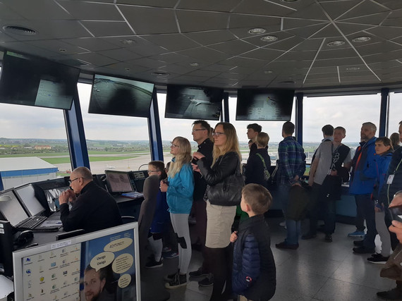 Rębiechowo tour_wieża kontoli lotów