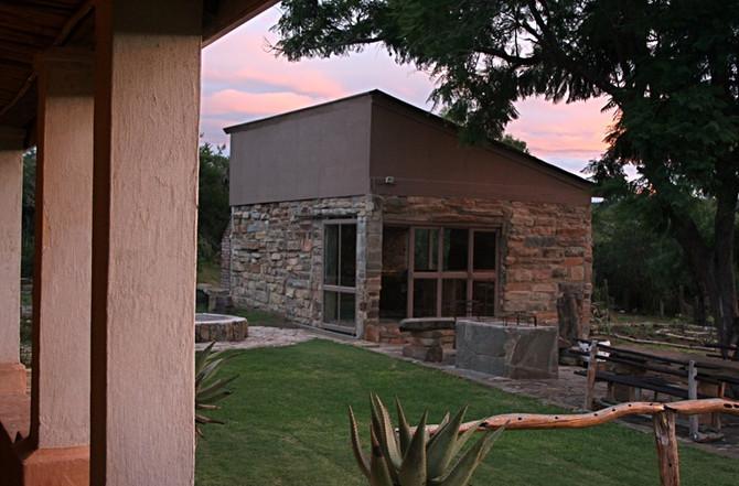 Hunt SA Tree Lodge and Braii House
