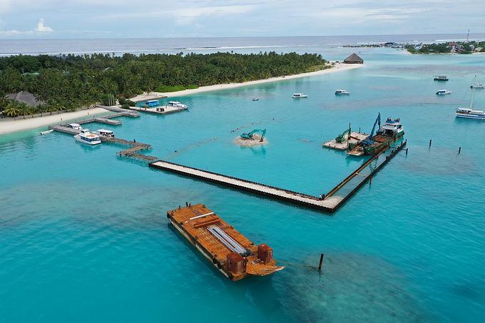meeru island service jetty.JPG