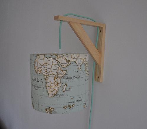 Lampe équerre carte du monde