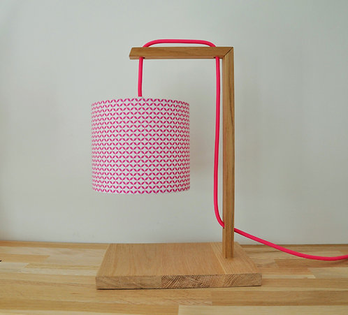 Lampe chêne cottage rose