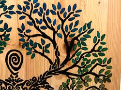 Tree Goddess with Chameleon crystal - 1100sek (pic2)