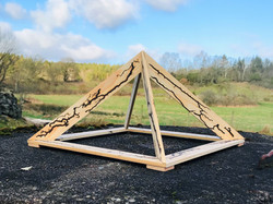 Wooden Pyramid - 475 sek
