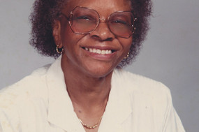 Bennie Mae Syrkett Holloway