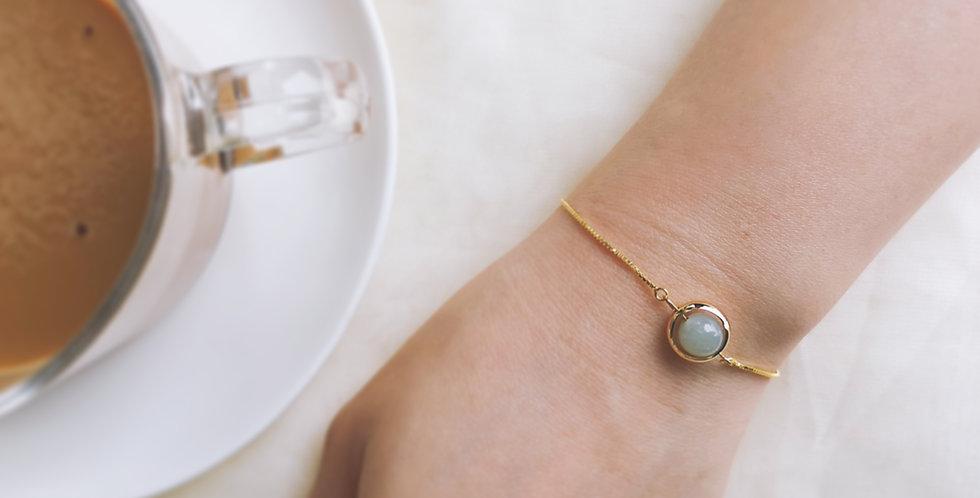 Adjustable Gold Bracelet - Jade