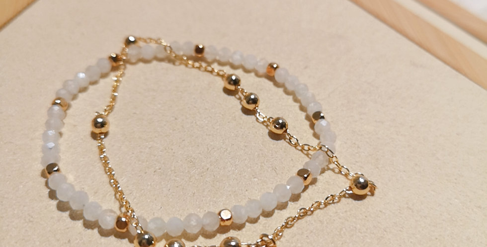 CRYSTAL BRACELETS: ✽ April - 8 ✽