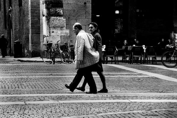synchron walking
