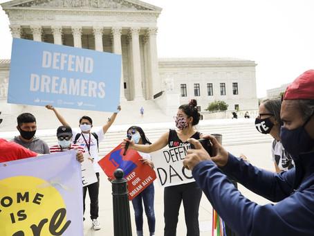 EE.UU. rechazará nuevas solicitudes de DACA y revisará el programa