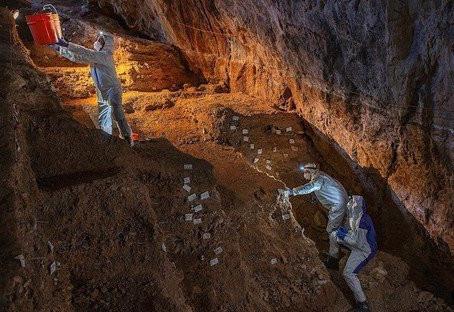 Hallan evidencia humana de 30 mil años en cueva de México