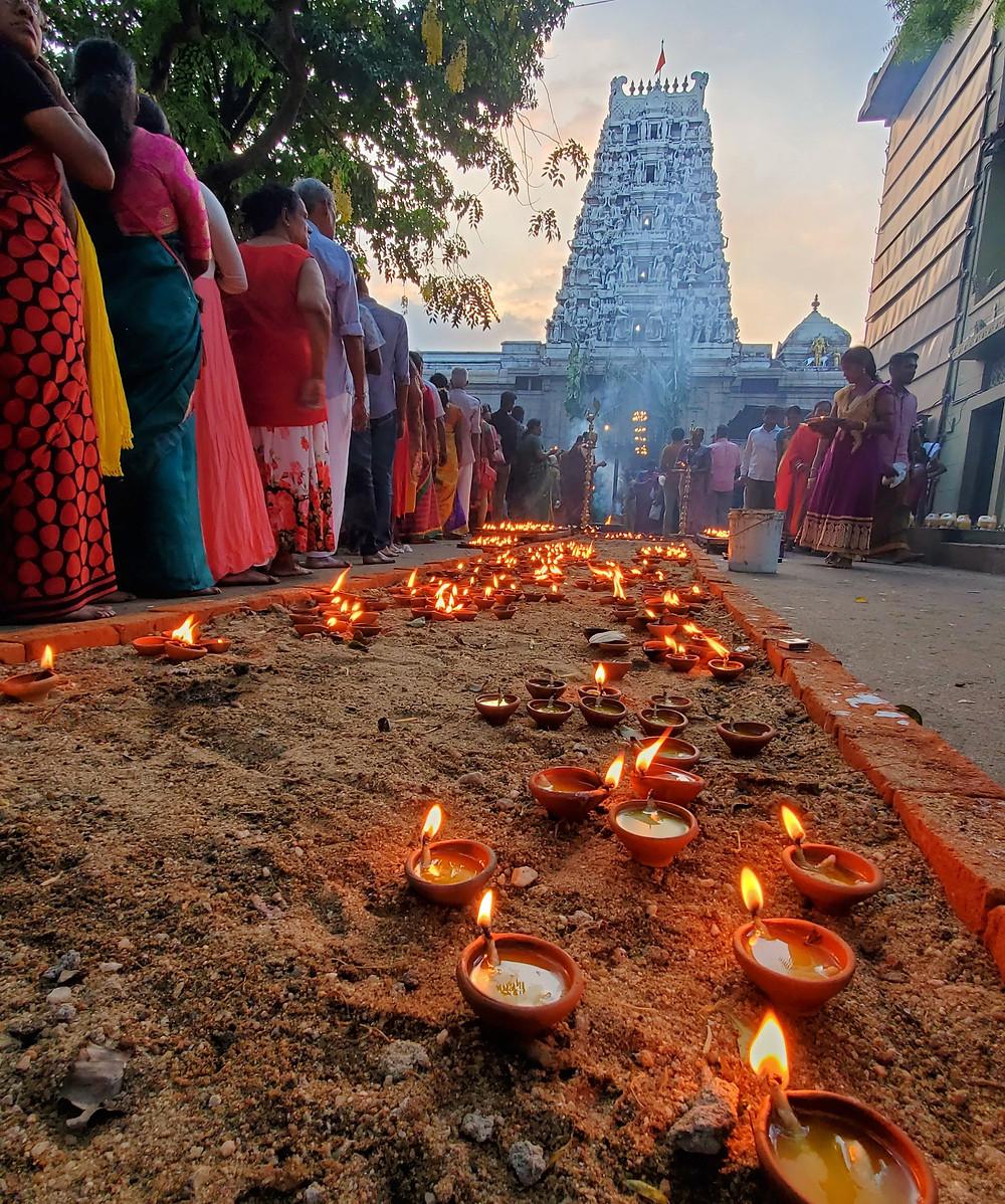 Sri Ponnambalam Vanesar Kovil temple