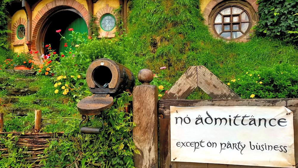hobbiton bilbo baggins house