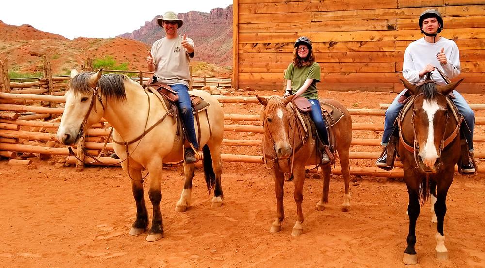 horseback riding moab