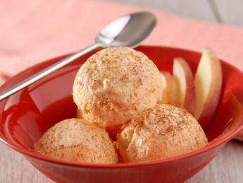Receita – sorvete de maçã e iogurte é opção leve e refrescante