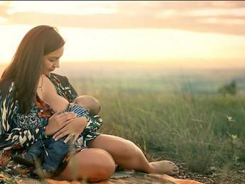 Para amamentar, mãe precisa de apoio e não de prescrição de leite artificial