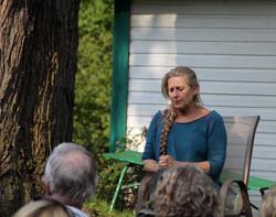 Margie Gillis au jardin