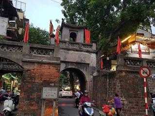 Passeio pelo bairro antigo de Hanoi