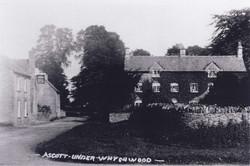 The Swan Inn Early 1900's