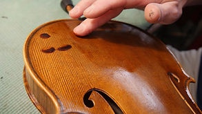 don leister violin shop photos (2 of 12)
