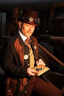 Sir Peter Steam, steuert Sie sicher durch die Show