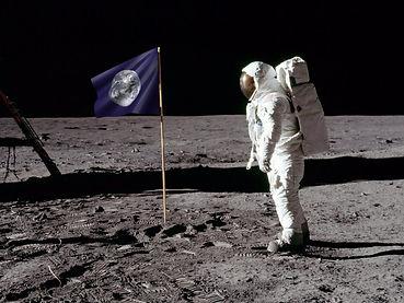 * Fiverr Moon Flag Squabi .jpg
