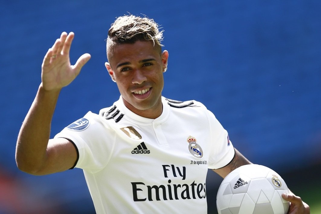 Real Madrid S Bizzare Transfer Business Is Costing Them Home