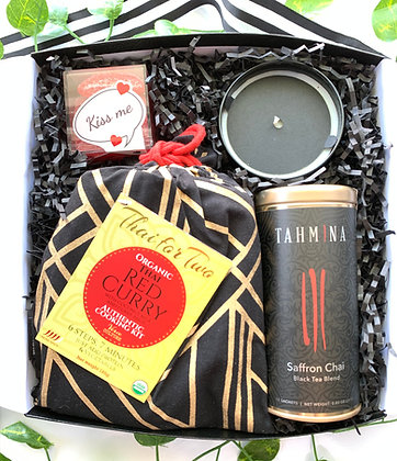 The Couple That Cooks Together...Gift Box