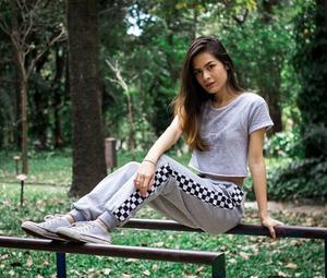 Após sucessos com versões covers, Yanne Lin lança 'Luz', sua primeira música autoral