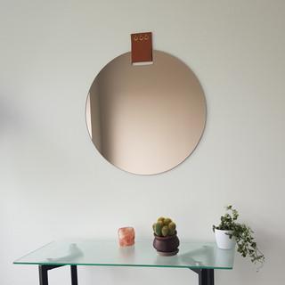 Glassvariations 8 OEILLET mirror & leath