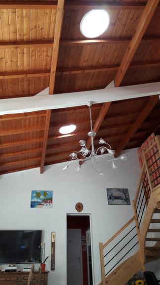 Puits de lumière dans un salon