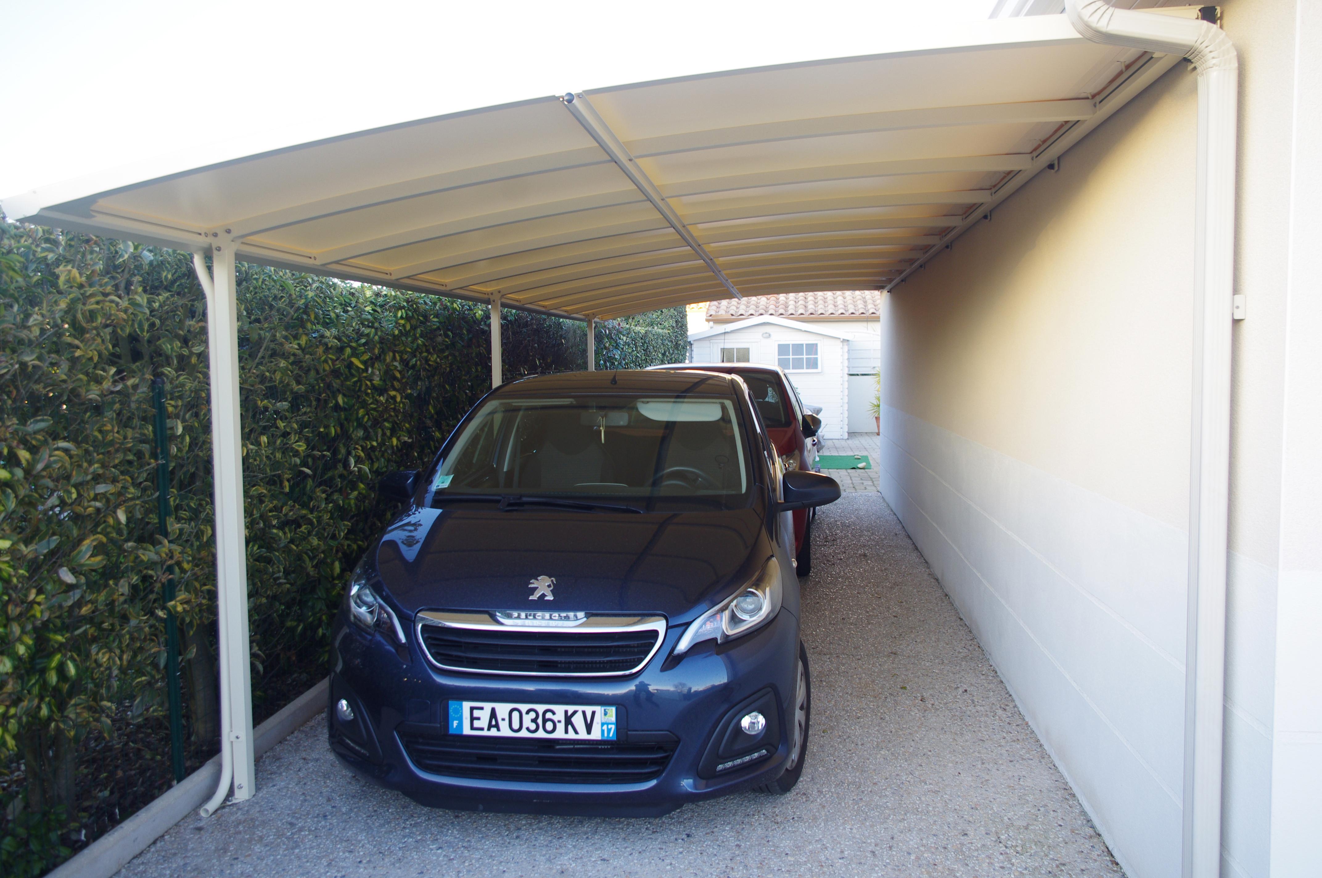 Carport sur mesure pour 2 voitures