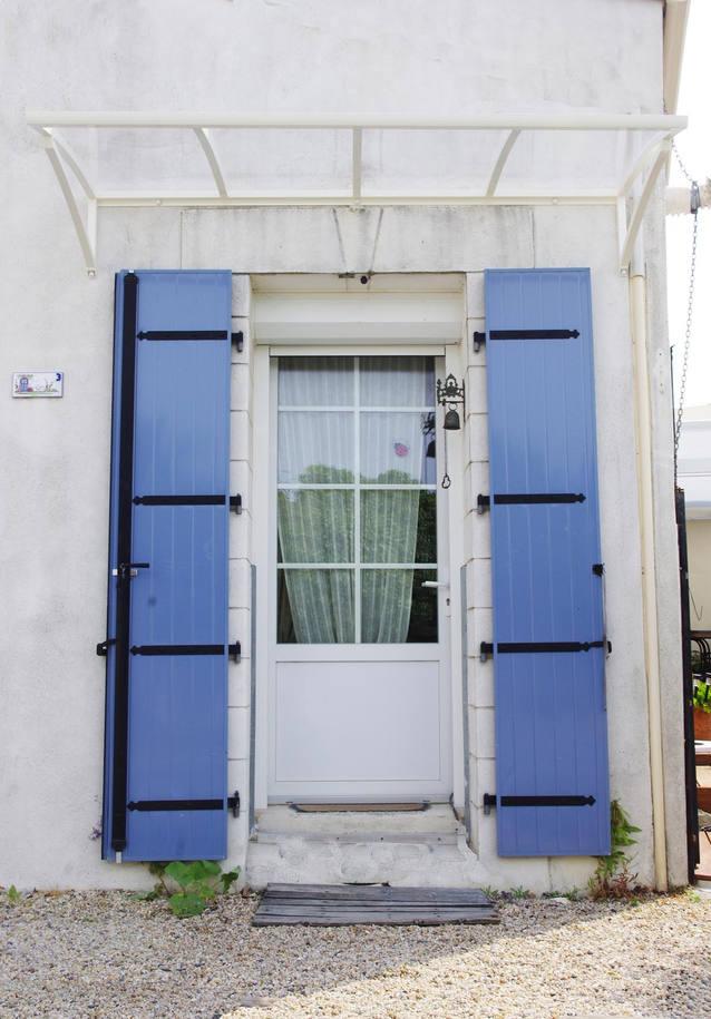 Abri de porte près de la Rochelle