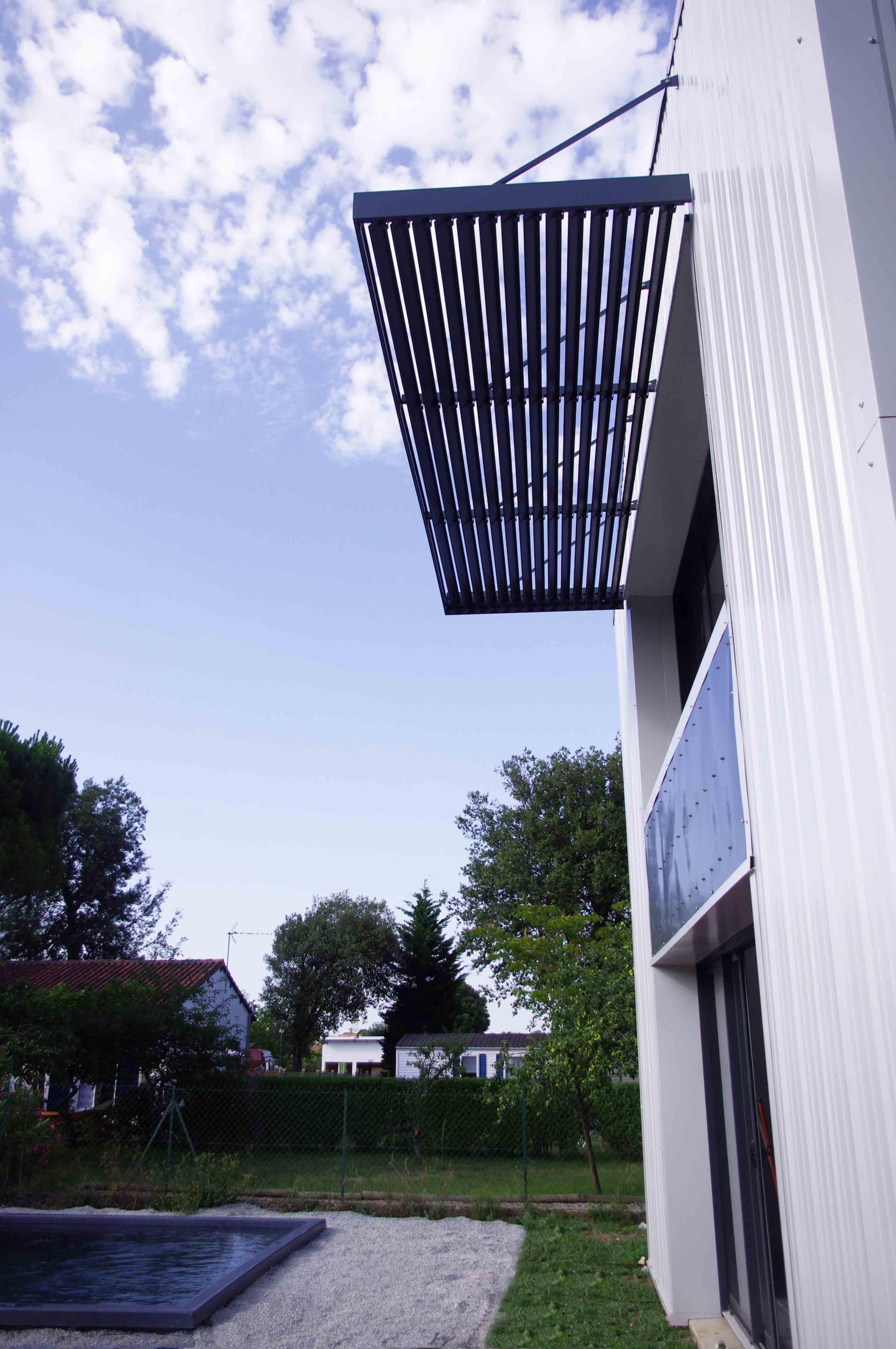Brise-soleil en aluminium