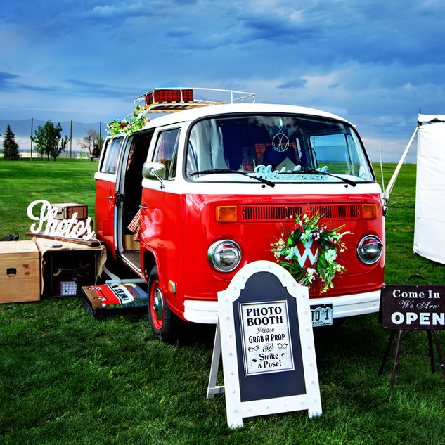 photo bus wedding 1.jpg