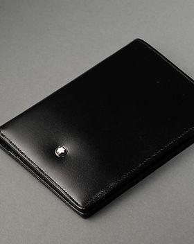 Portafoglio in pelle nera