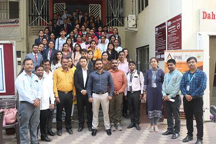 H V Desai College Management.jpg