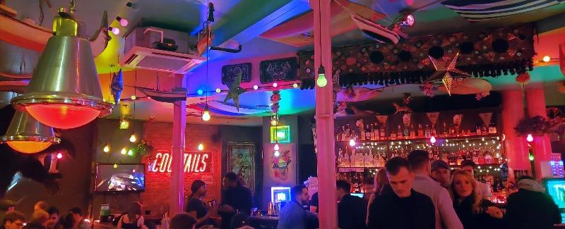 Hoxton Seven shoreditch bar