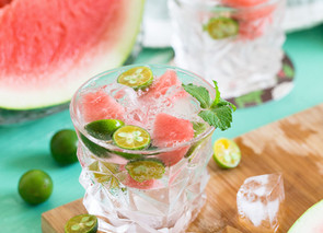 5 Refreshing Summer Cocktail Recipes - with 6 ingredients or less