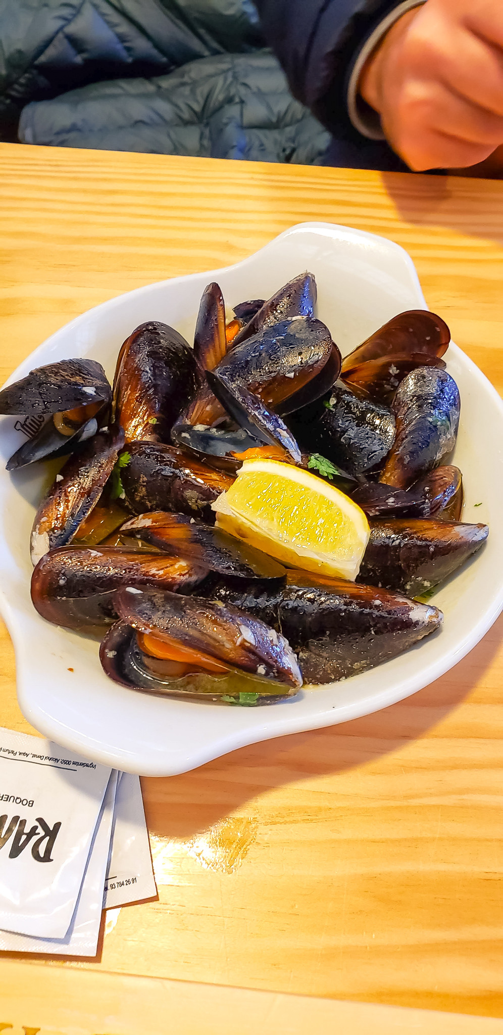steamed mussels time out market