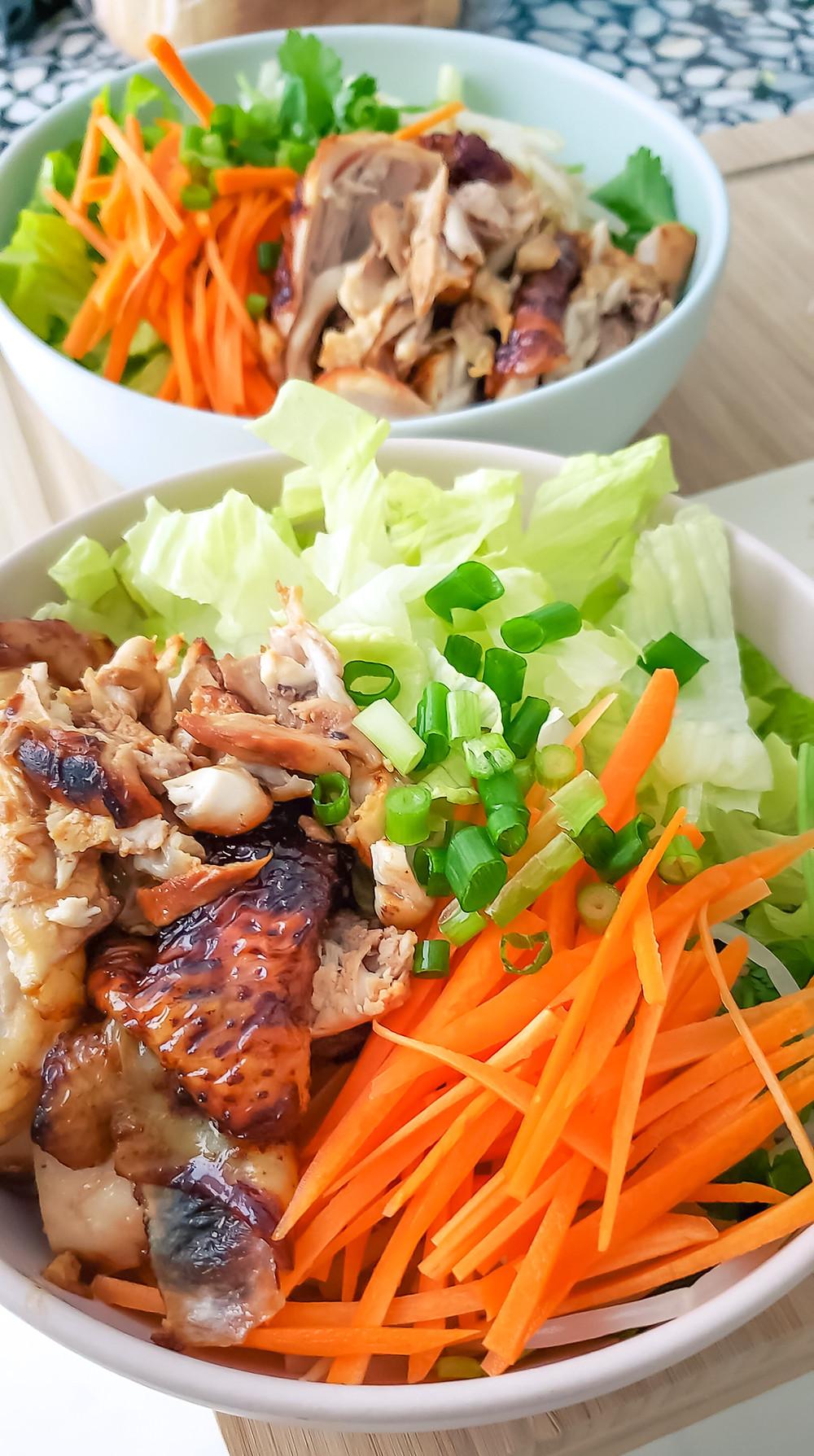 chicken carrots green onion lettuce