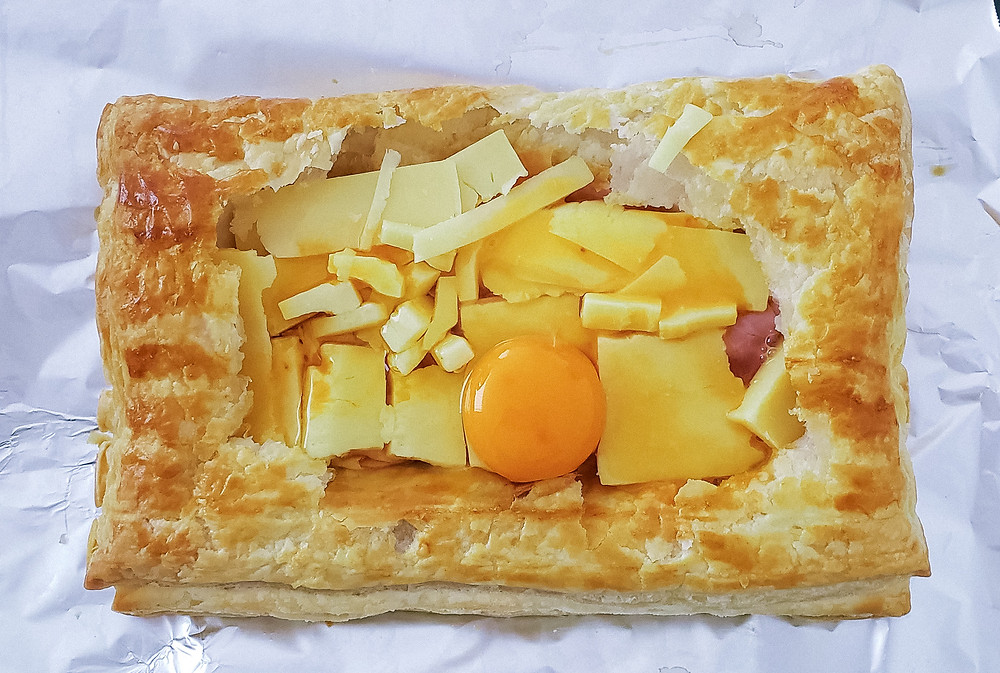 egg cheese ham pastry dough oven
